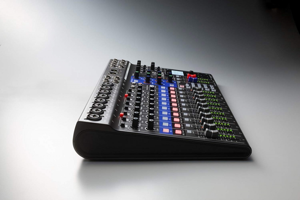 Zoom L12/UK LiveTrak - Live Sound Plus Recording