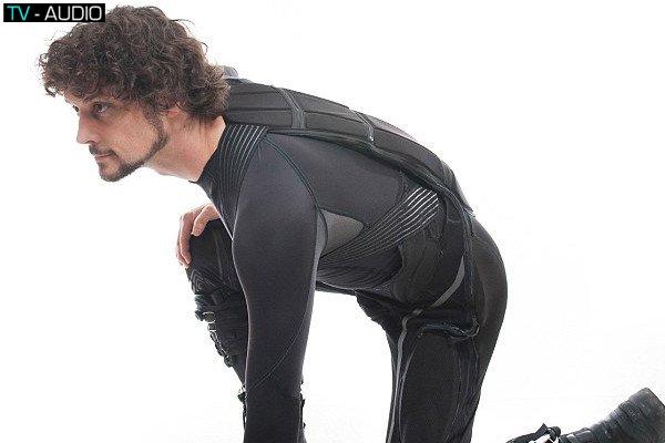 Cuối cùng thì cũng sắp sản xuất ra bộ đồ của batman ngoài đời rồi!