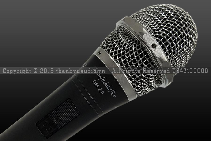 mic hát có dây